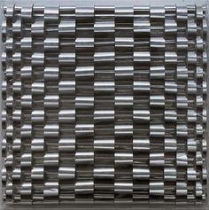 Marina Apollonio - Rilievo n. 505, 1968 circa Alluminio e pittura fluorescente su Masonite, 49,9 x 49,8 cm Collezione Peggy Guggenheim, Venezia 76.2553 PG 230