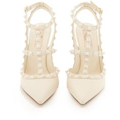 Valentino Rockstud leather pumps (19,325 MXN) ❤ liked on Polyvore featuring shoes, pumps, strappy stilettos, leather shoes, white shoes, white pointed toe pumps and white leather pumps