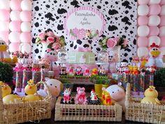 A senhora Eventos é uma empresa especializada em decoração de festas personalizadas.