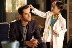"""Lucifer 2x18 Review: """"The Good, the Bad & the Crispy"""" http://fangirlish.com/lucifer-2x18-review-good-bad-crispy/"""