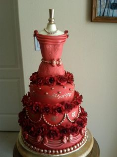 Elegant Shabby Chic Vintage Gold Red Multi-shape Round Wedding Cakes Photos & Pictures - WeddingWire.com