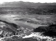 Knysna 1958. Nothing on Thesen Islands. Hardly anything on Leisure Isle. Astonishing development in the last 50 years or so!