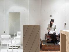 IRO hair salon by Reiichi Ikeda - Dezeen Salon Interior Design, Salon Design, Spa Design, Hair Studio, Dezeen, Dream Hair, Retail Design, Barber Shop, Hair Salons