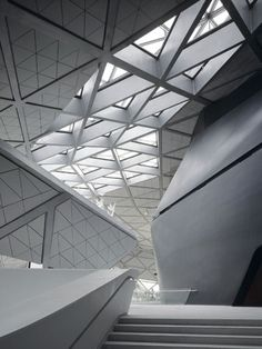 Guangzhou Opera House by Zaha Hadid - Guangzhou, Guangdong, China - 2010 Space Architecture, Futuristic Architecture, Beautiful Architecture, Contemporary Architecture, Installation Architecture, Building Architecture, Contemporary Art, Zaha Hadid Architektur, Light Design