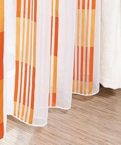 Voal Cameleon color în dungi - Perdea albă cu dungi portocalii, disponibilă la sul de 295 cm pe înălţime, fabricată din 100% poliester.