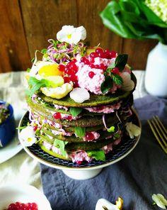 Quinoa Raz!: Wiosenny bezglutenowy torcik z różowym twarożkiem Quinoa, Cake, Desserts, Food, Tailgate Desserts, Deserts, Kuchen, Essen, Postres