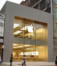 #Montréal #SteCatherine #AppleStore