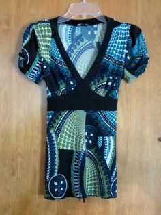 IZ Byer Women's Knit Top, flattering, short sleeves, size small #IZByerCalifornia #KnitTop