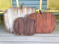 Pumpkins made from pallet wood