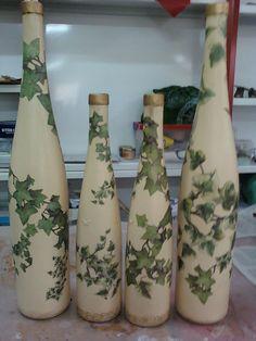 Resultado de imagen para how to fabric decoupage wine bottle Recycled Wine Bottles, Wine Bottle Art, Glass Bottle Crafts, Painted Wine Bottles, Hand Painted Wine Glasses, Diy Bottle, Glass Bottles, Decorated Bottles, Decoupage Glass