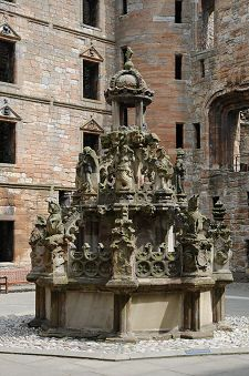 The Fountain, Linlithgow Palace