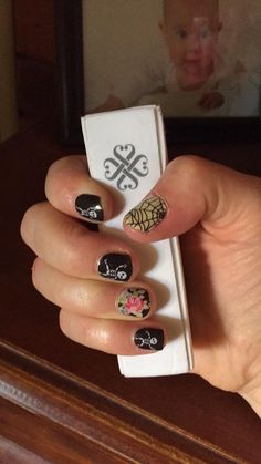 Check out this beautiful manicure using Jamberry's Dem Bones halloween nail wraps! ♥♥♥ To discuss your Jamberry wishlist contact me: http://facebook.com/catsnailwraps