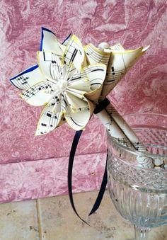 Paper Flower Toss Bouquet- 3 flowers, petit, flower girl, wedding, cen