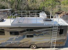 RV ROOF OBSERVATION DECK RACE