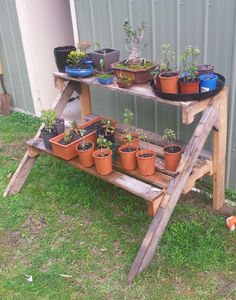 Pallet Plants stand #Garden, #Pallets, #Recycled, #Stand