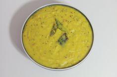 Mamidikaya Pappu - Raw mango with Lentils - Mango Dal Lentils, Cheeseburger Chowder, Indian Food Recipes, Food Videos, Mango, Soup, Cooking, Manga, Kitchen