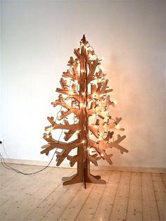 Recycled brown cardboard laser-cut christmas tree 132cm