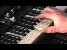 LESSON 4 - HOW TO PLAY JAZZ & ROCK LICKS ON A HAMMOND B3 or C3 ORGAN - YouTube