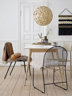 Perfect nordic dinning room setting <3 Design by Bloomingville
