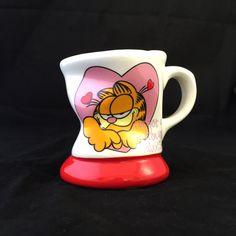 Garfield the Cat  I've Got a Crush on You Mug by TexasGalTreasures