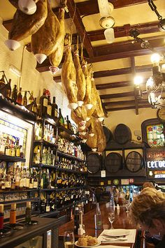 Los Caracoles, restaurant from 1835,