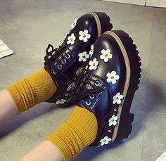 Japanese harajuku students flowers platform shoes