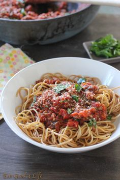 Have you ever had vegetable ragu with pasta? I was actually planning on making traditional beef ragu but I changed my mind last minute and made this vegetable ragu version instead.