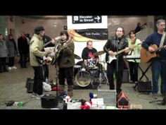 ▶ THE MEETLES • Please Please Me • Times Square Subway • 11/27/10 - YouTube