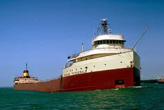Edmund Fitzgerald laden with cargo. Courtesy of Great Lakes Shipwreck Museum, Roger LeLievre) pieces) Edmund Fitzgerald, Lake Superior, Shipwreck Museum, Great Lakes Shipwrecks, Whitefish Point, Whitefish Bay, Grands Lacs, Great Lakes Ships, The Fitz