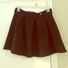 NWT Black skirt Size small, new with tags, very cute Skirts
