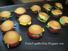 Hamburger Cookies (no bake)