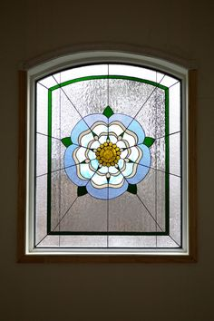 Contemporary Floral Yorkshire Rose Barnes window 2