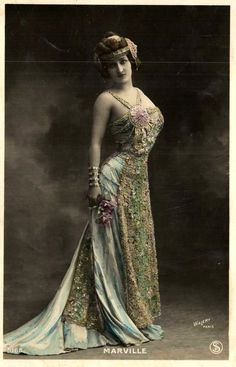 Vintage lady in costume XXXI