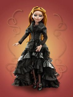 Tonner-A-Dark-Stormy-Night-Amber-Lizette-Prudence-Ellowyne-Wilde-Imagination