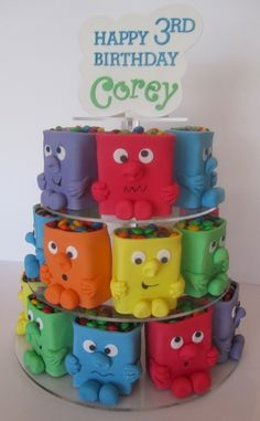 Mini monster cakes