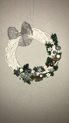 Wreaths, Home Decor, Decoration Home, Door Wreaths, Deco Mesh Wreaths, Interior Design, Garlands, Home Interior Design, Floral Arrangements