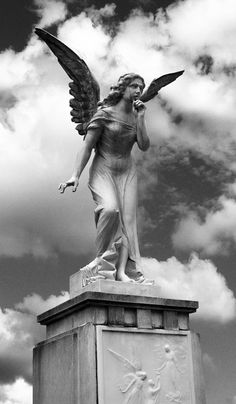 Marble Statues Museum - - - - Statues Of Liberty Pose - Cemetery Angels, Cemetery Statues, Cemetery Art, Angels Among Us, Angels And Demons, Angeles, Angel Art, Angel Wings Art, Guardian Angels