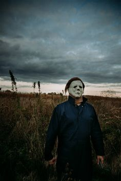 Indiana man dresses in Michael Myers costume goes viral Halloween Movies, Halloween Themes, Michael Myers Costume, Michael Meyer, Wine Photography, Stand By Me, Celebrity News, Indiana, Men Dress
