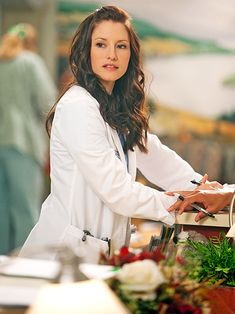 Find images and videos about grey's anatomy, lexie grey and chyler leigh on We Heart It - the app to get lost in what you love. Lexie Grey, Greys Anatomy Characters, Greys Anatomy Cast, Orphan Black, Supergirl, Torres Grey's Anatomy, Grey's Anatomy Lexie, Pretty People, Beautiful People