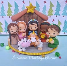 Christmas Topper, Polymer Clay Christmas, Polymer Clay Ornaments, Polymer Clay Crafts, Rose Crafts, Christmas Crafts, Christmas Decorations, Christian Christmas, Diy Arts And Crafts