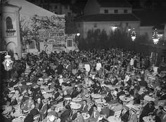 Avenida-Parque. Cinema, Lisboa, Portugal Sessão de cinema. Lisboa, 1927 Fotógrafo: Mário Novais. Data de produção da fotografia original: 1927.