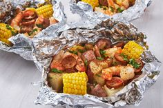 Shrimp Foil Packets Are The No-Mess Grilled Dinner Of Your Dreams recipes shrimp foil packets Shrimp Foil Packets Are The No-Mess Grilled Dinner Of Your Dreams Grilled Shrimp, Grilled Chicken Recipes, Grilled Meat, Chicken Bacon, Best Seafood Recipes, Fish Recipes, Shrimp Recipes, Sandwich Recipes, Juicing