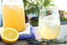 Fizzy Lavender Lemonade is a fun sugar free twist on lemonade. The sourness of the lemons is balanced by the sweet stevia a hint of lavender. Probiotic Drinks, Alcoholic Drinks, Beverages, Gluten Free Drinks, Cooking Recipes, Healthy Recipes, Healthy Food, Healthy Eating, Lavender Tea