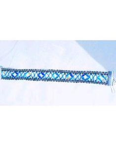 Lace Bracelet, Bracelets, Vintage Crafts, Bobbin Lace, Textile Artists, Adjustable Bracelet, Craft Work, Unique Vintage, Boho Fashion