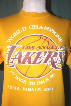Vintage 1988 Los Angeles Lakers Adult Small World Champions T-Shirt (S LA Champs) #RivalMadness