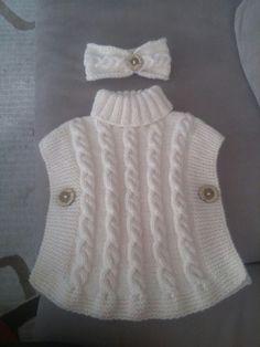 Ea's Poncho pattern by Flora Design Crochet Baby Jacket, Baby Poncho, Knit Baby Dress, Crochet Baby Clothes, Baby Cardigan, Poncho Knitting Patterns, Knitted Poncho, Knitted Hats, Hand Knitting