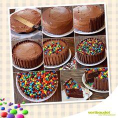 Receita como fazer Bolo Kit Kat com M&M's ( Kit Kat Cake ) Torta Kit Kat, Cake Recipes, Dessert Recipes, Birthday Cake Decorating, Creative Cakes, Creative Ideas, Let Them Eat Cake, Yummy Cakes, No Bake Cake