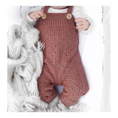 L I L L E M O R 🍂 denne er bare helt nydelig, men litt liten i str vil jeg påstå. Eline er 4.5mnd og denne er strikket i 9mnd #strikkebukse… Knitted Baby Outfits, Knit Baby Sweaters, Knitted Baby Clothes, Organic Baby Clothes, Cute Baby Clothes, Baby Boy Outfits, Kids Outfits, Little Boy Fashion, Baby Girl Fashion