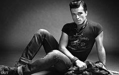 """Josh Hutcherson w magazynie """"Out"""".  igrzyska śmierci - polska"""