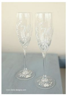 White Wedding Glasses. Wedding champagne glasses by IrenDesigns, €45.00